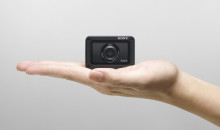 Sony RX0 II, la fotocamera premium ultracompatta più piccola e leggera al mondo
