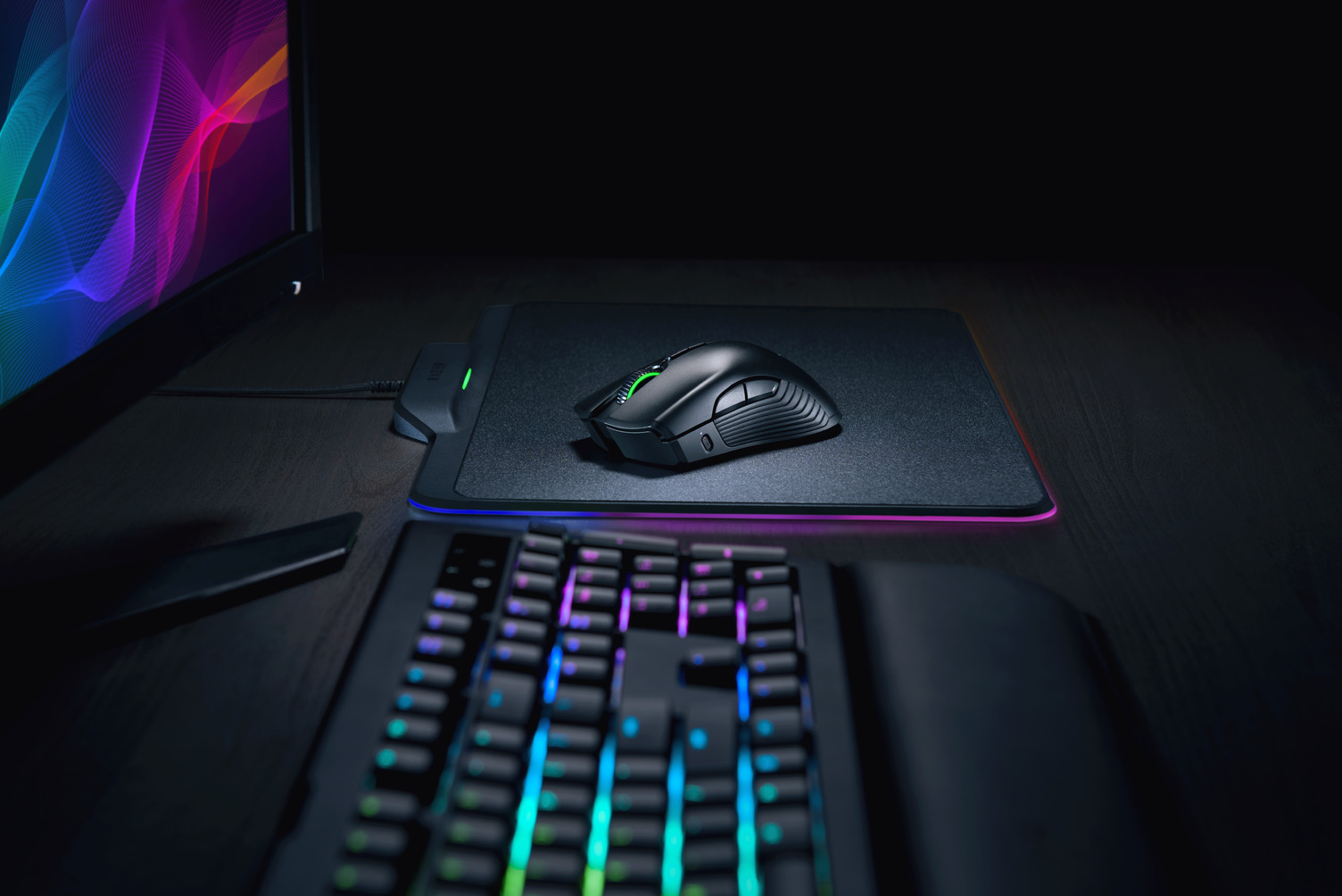 Mamba Mouse Firefly Mouse Mat Hyperflux Lifestyle Still Life Photo (3)
